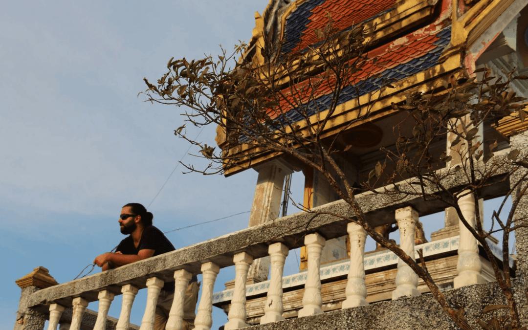 El Templo de la Cueva del Tigre y sus 1.237 escalones